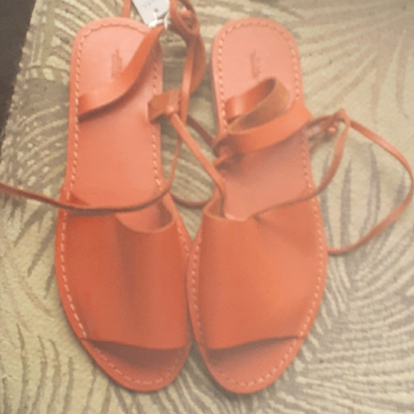 ZARA Leather Ankle Wrap Sandals